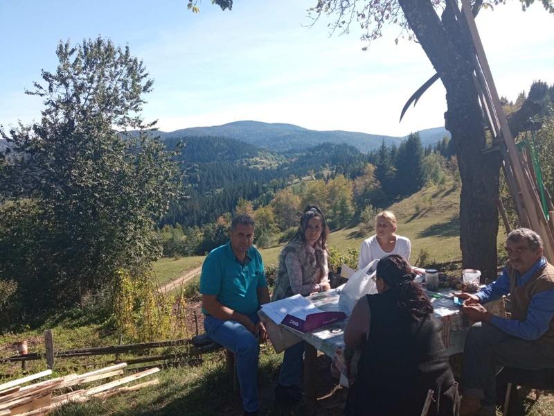 Чланови Савеза слепих из Чачка посетили члана из најудаљенијег ивањичког села: Успешно остварен контакт са руководством општине Ивањица